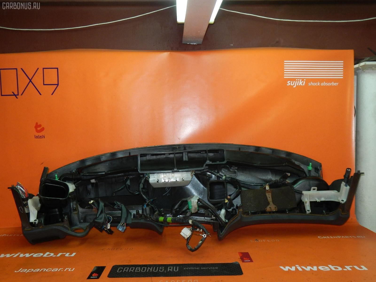Панель приборов Toyota Sprinter wagon EE103V Фото 1