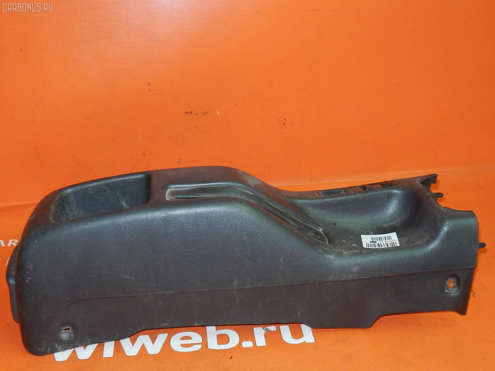 Консоль КПП Toyota Sprinter wagon EE103V Фото 1
