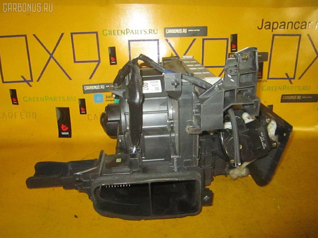 Мотор печки TOYOTA IPSUM ACM21W. Фото 10