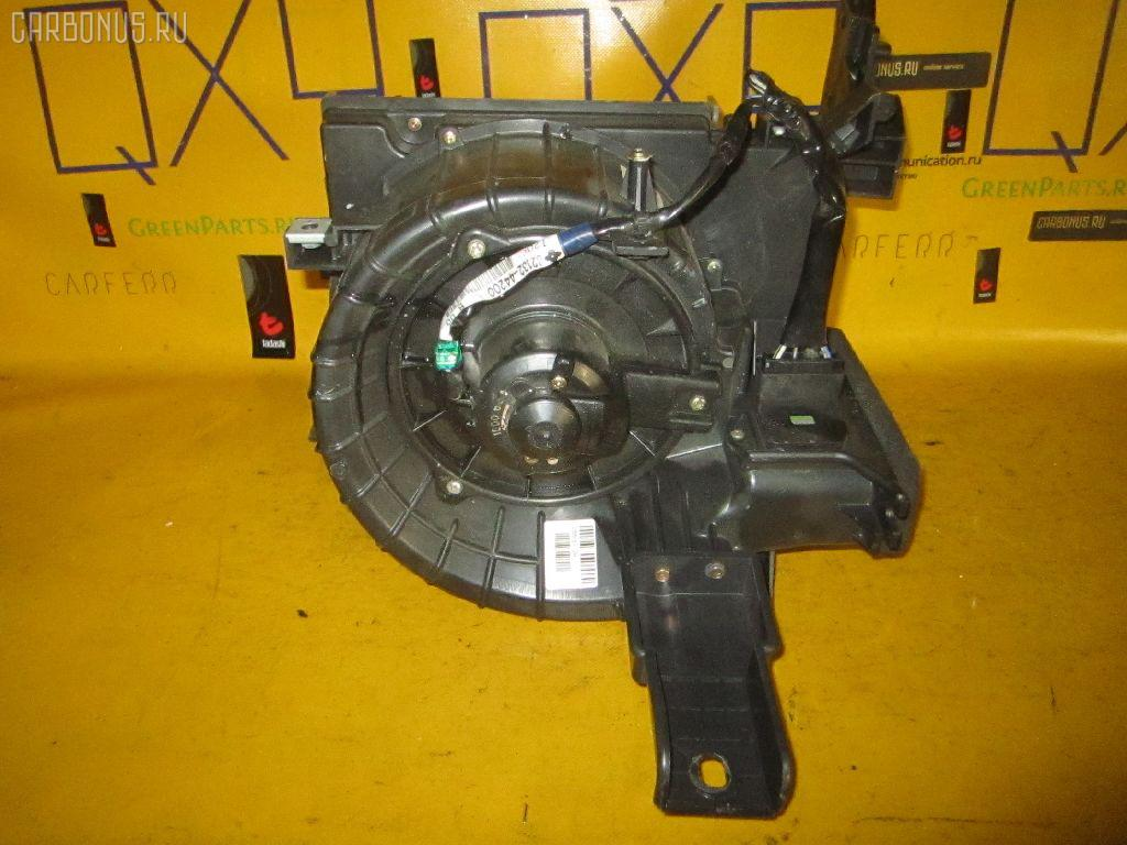 Мотор печки TOYOTA IPSUM ACM21W. Фото 11