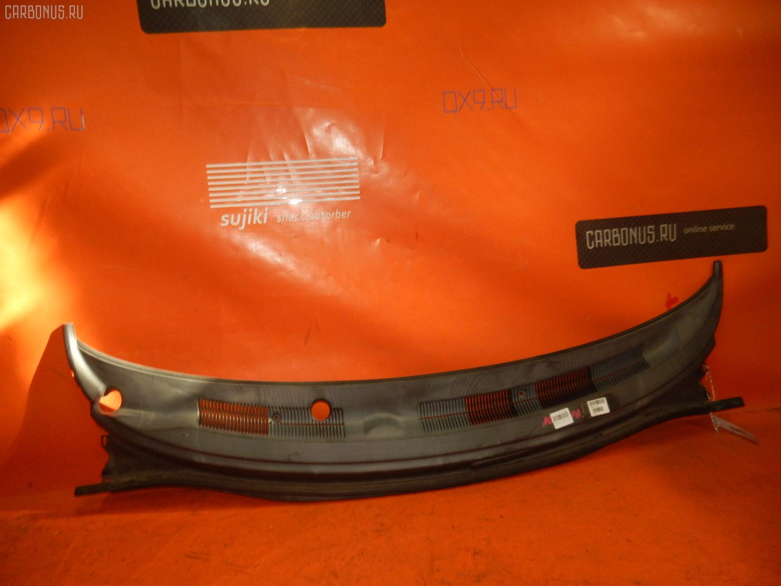 Решетка под лобовое стекло TOYOTA COROLLA SPACIO AE111N. Фото 2