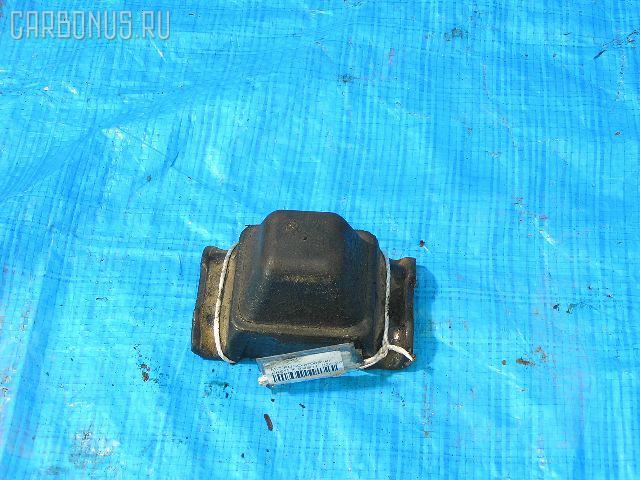 Отбойник Mitsubishi Fuso FK61FK 6M60 Фото 1