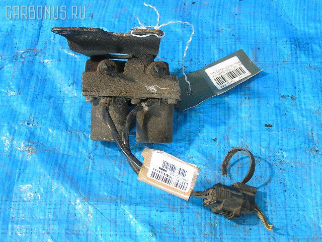 Клапан тормозной HINO DUTRO XZU307M S05C Фото 1