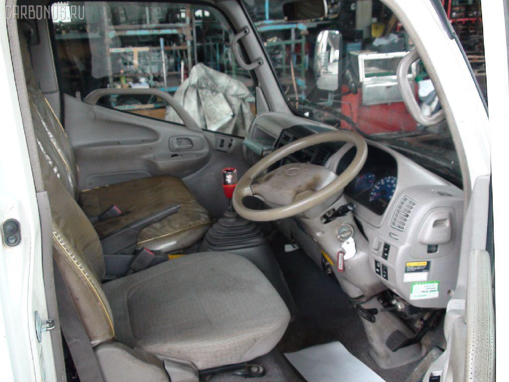 Крепление запасного колеса HINO DUTRO XZU307M Фото 4