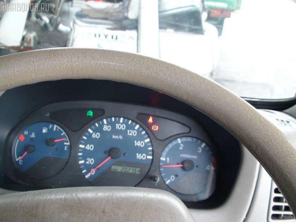 Крепление запасного колеса HINO DUTRO XZU307M Фото 5