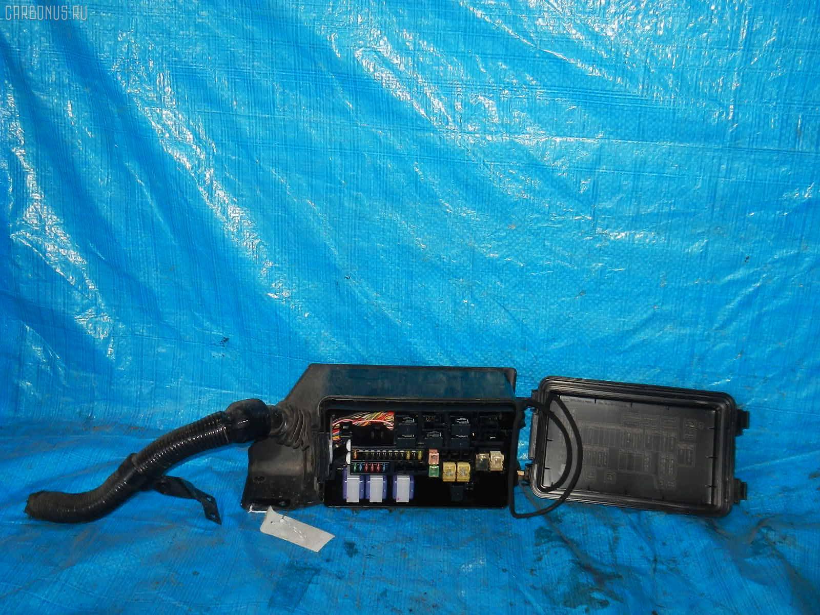 Блок предохранителей MITSUBISHI CANTER FB70AB 4M40 Фото 1