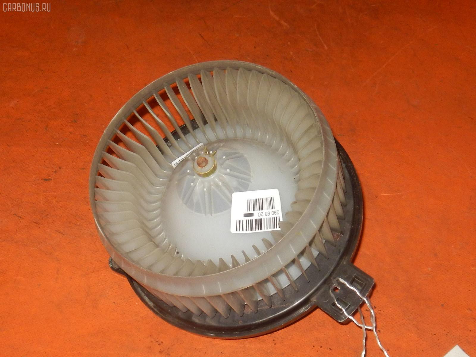 Мотор печки HONDA INSPIRE UC1. Фото 1