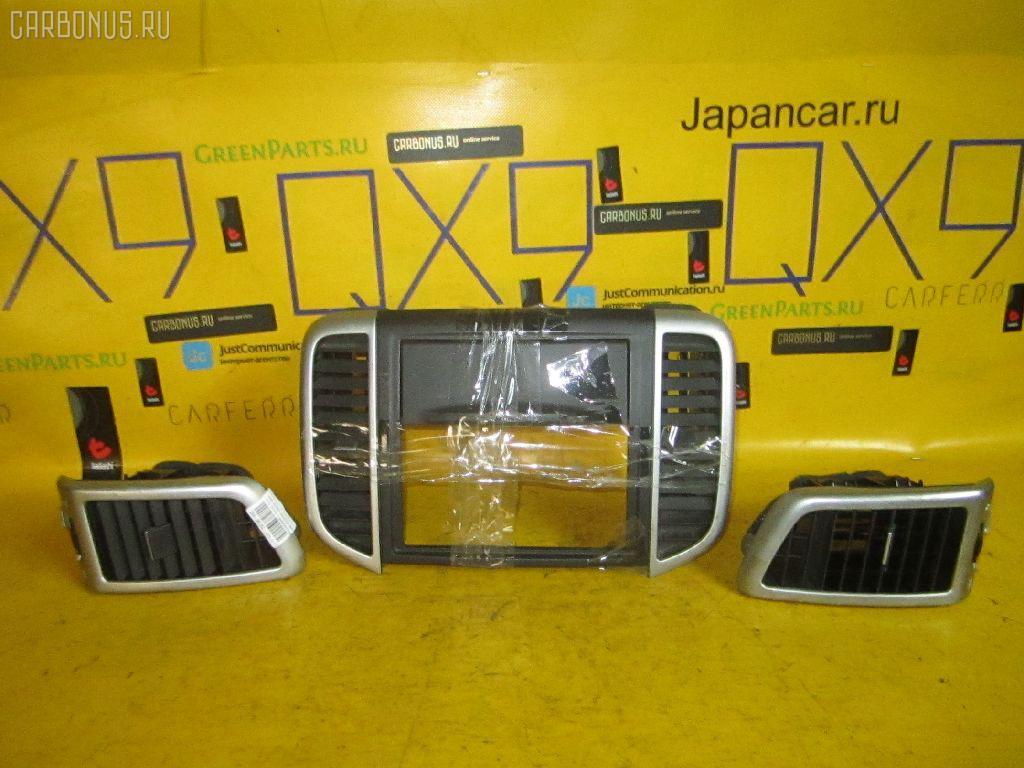 Консоль магнитофона NISSAN WINGROAD Y12. Фото 4