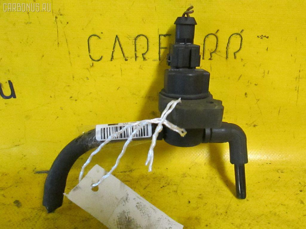Клапан вентиляции топливного бака MERCEDES-BENZ E-CLASS W210.065 112.941. Фото 3