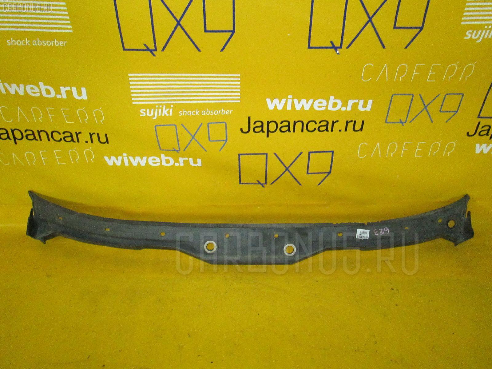 Решетка под лобовое стекло BMW 5-SERIES E39-DH62 Фото 1