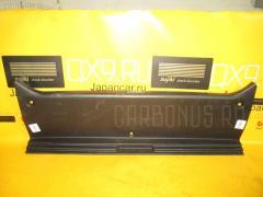 Обшивка багажника TOYOTA MARK II JZX110 Фото 1