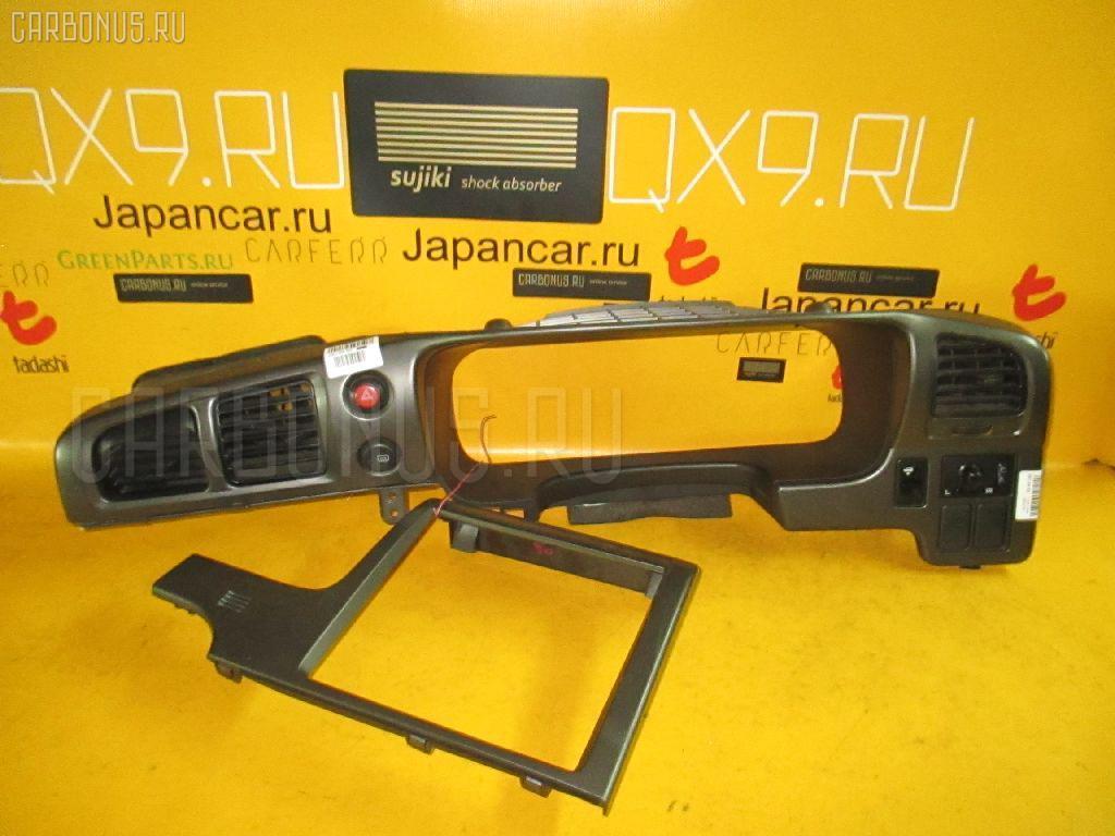 Консоль спидометра Nissan Avenir PW11 Фото 1