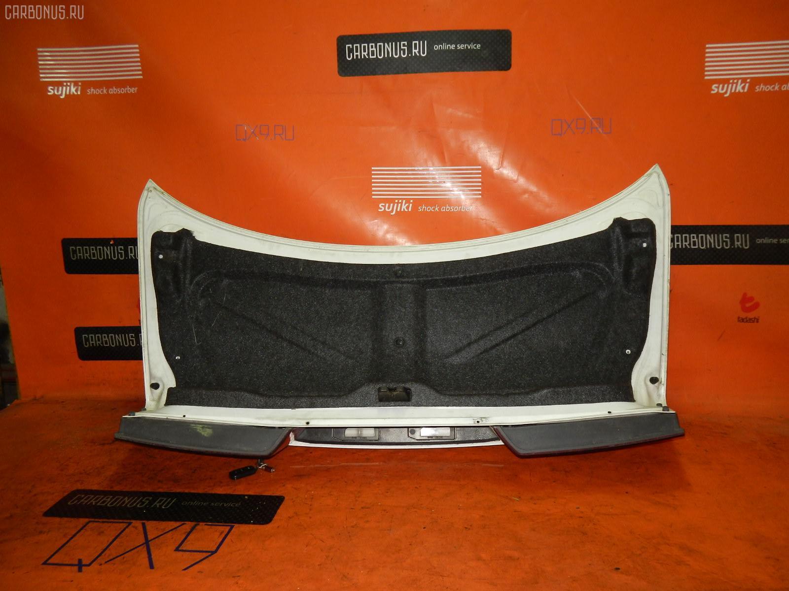 Крышка багажника TOYOTA WINDOM MCV20. Фото 4