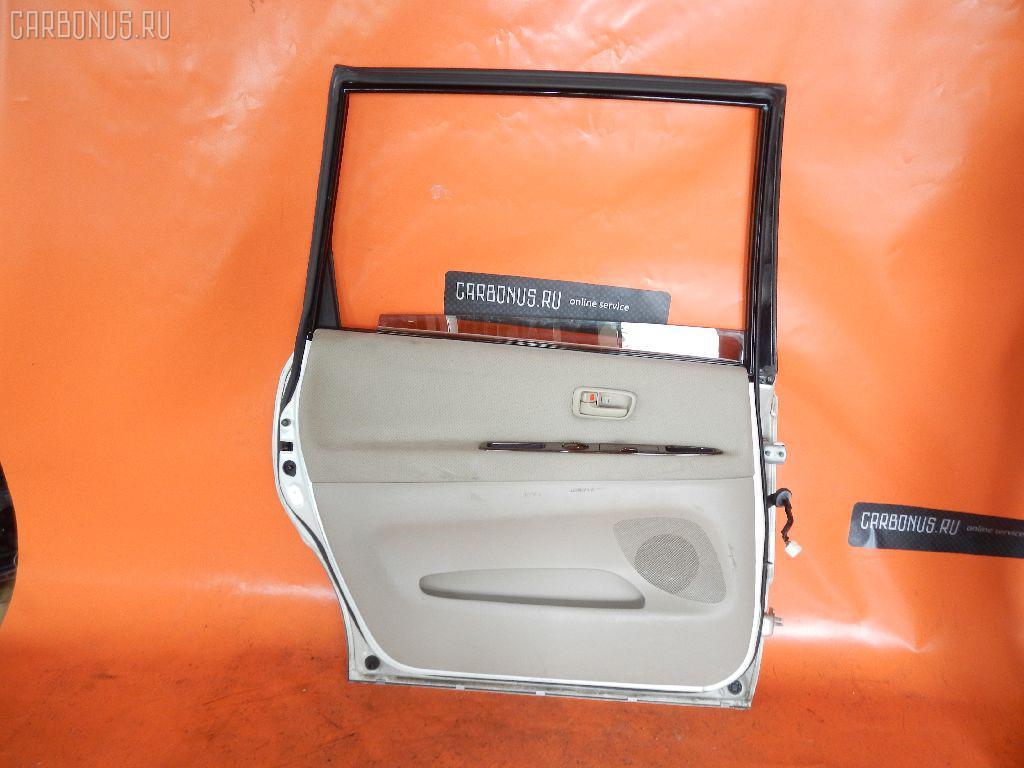 Дверь боковая TOYOTA IPSUM SXM10G. Фото 3