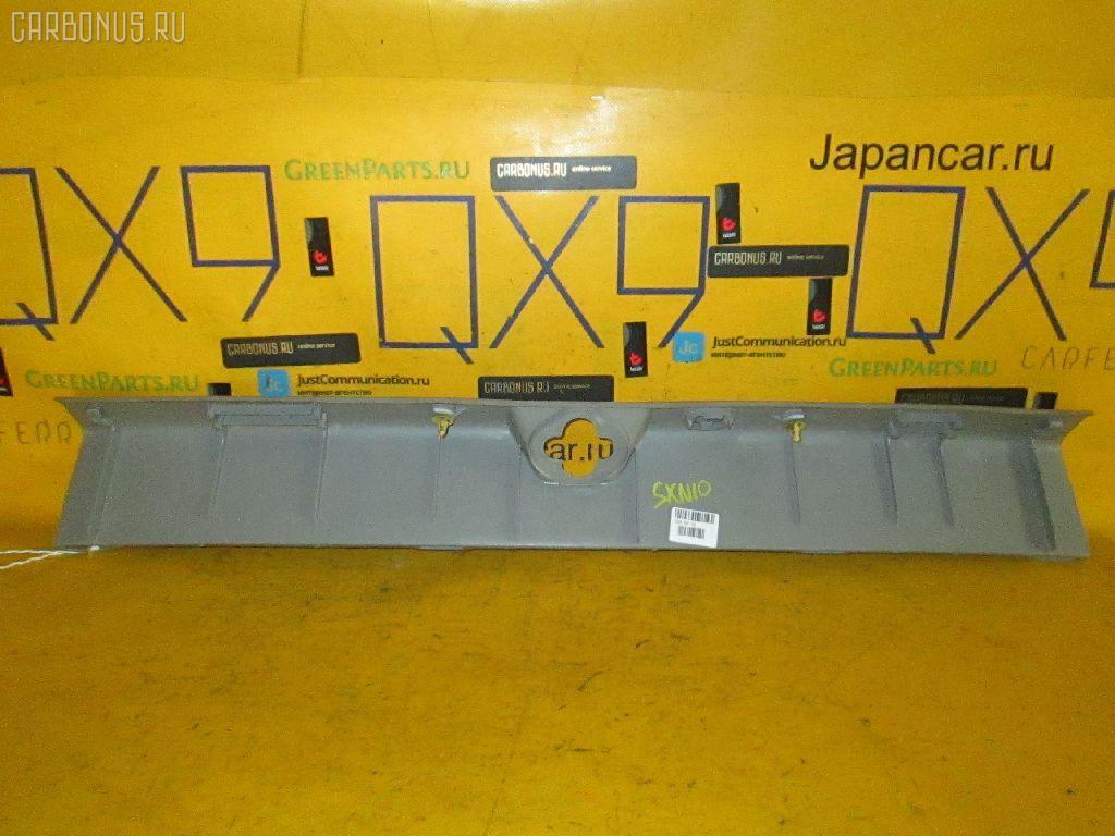 Обшивка багажника TOYOTA NADIA SXN10. Фото 2