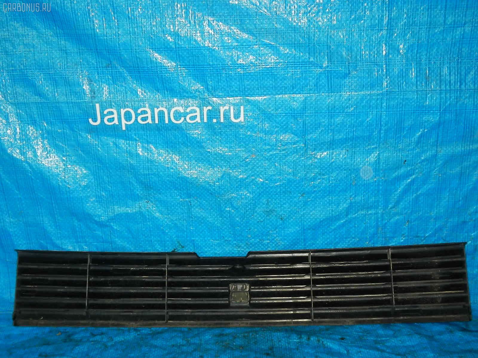 Решетка радиатора TOYOTA BB NCP30. Фото 6