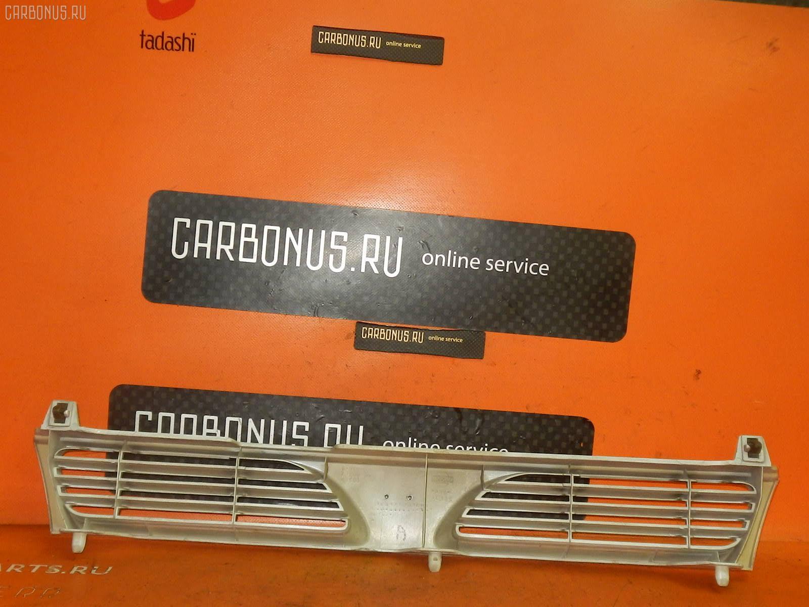 Решетка радиатора NISSAN PULSAR FN14 Фото 1