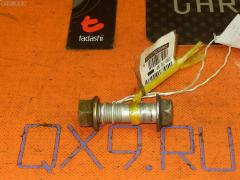 Болт крепежный амортизационной стойки TOYOTA STARLET EP82 4E-FE Фото 1