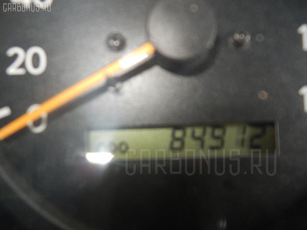 Болт крепежный амортизационной стойки TOYOTA IPSUM SXM10G 3S-FE Фото 4