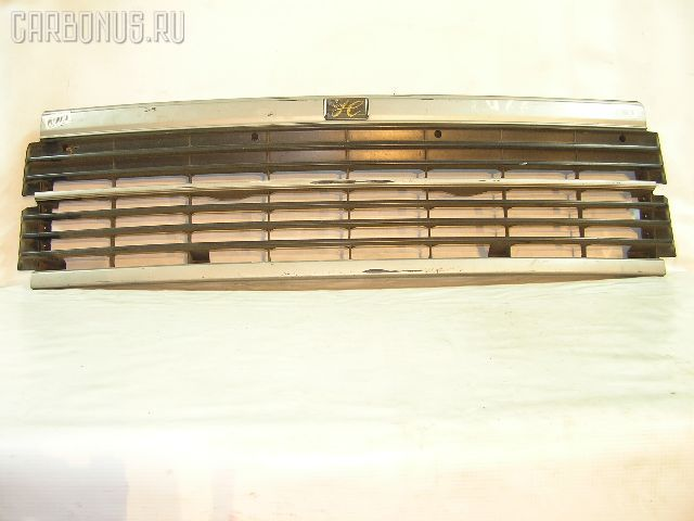 Решетка радиатора TOYOTA HIACE LH66