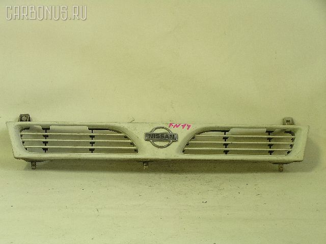 Решетка радиатора на Nissan Pulsar N14 Фото 1
