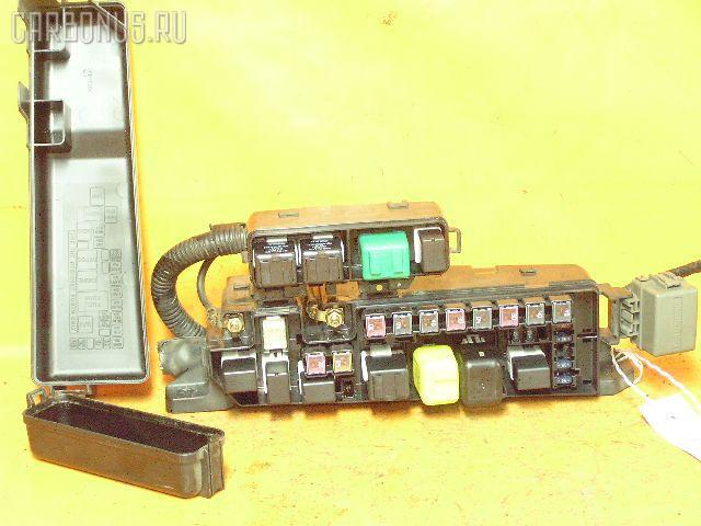 Блок предохранителей MAZDA MPV LW5W GY. Фото 1