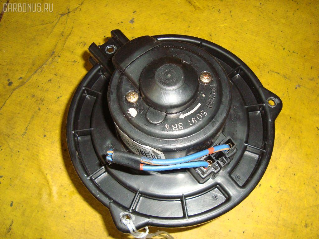 Мотор печки MAZDA MPV LVLR. Фото 1