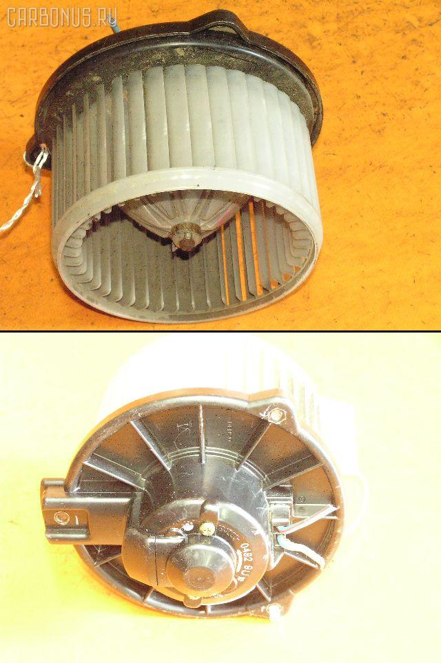 Мотор печки TOYOTA VITZ SCP10. Фото 11