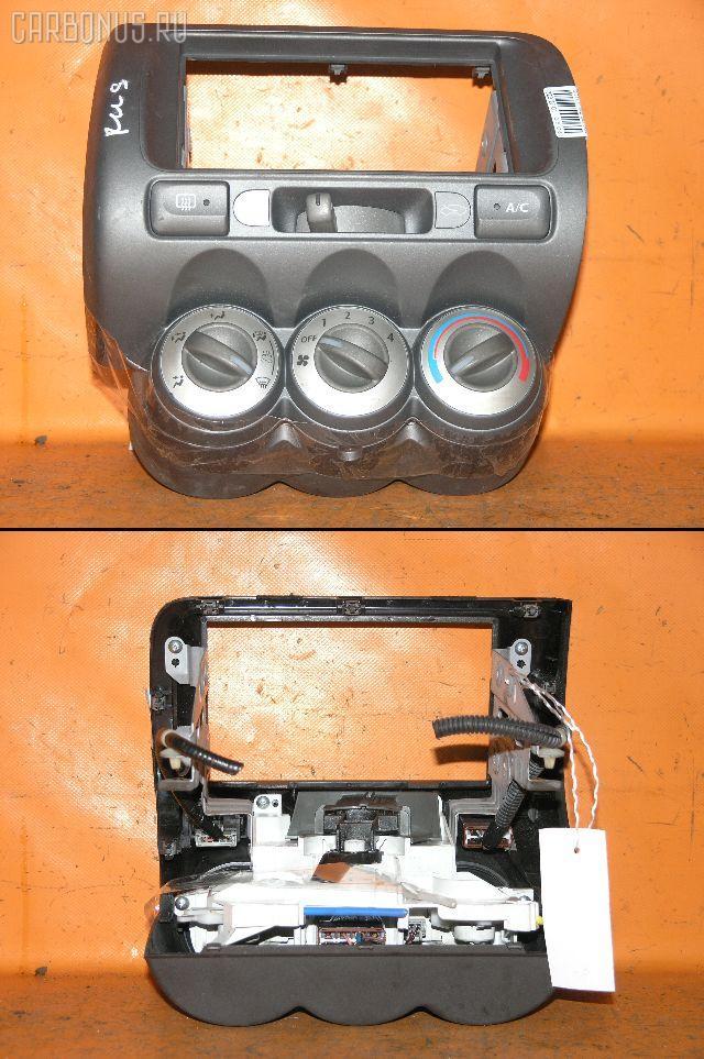 Консоль магнитофона HONDA FIT GD1. Фото 1