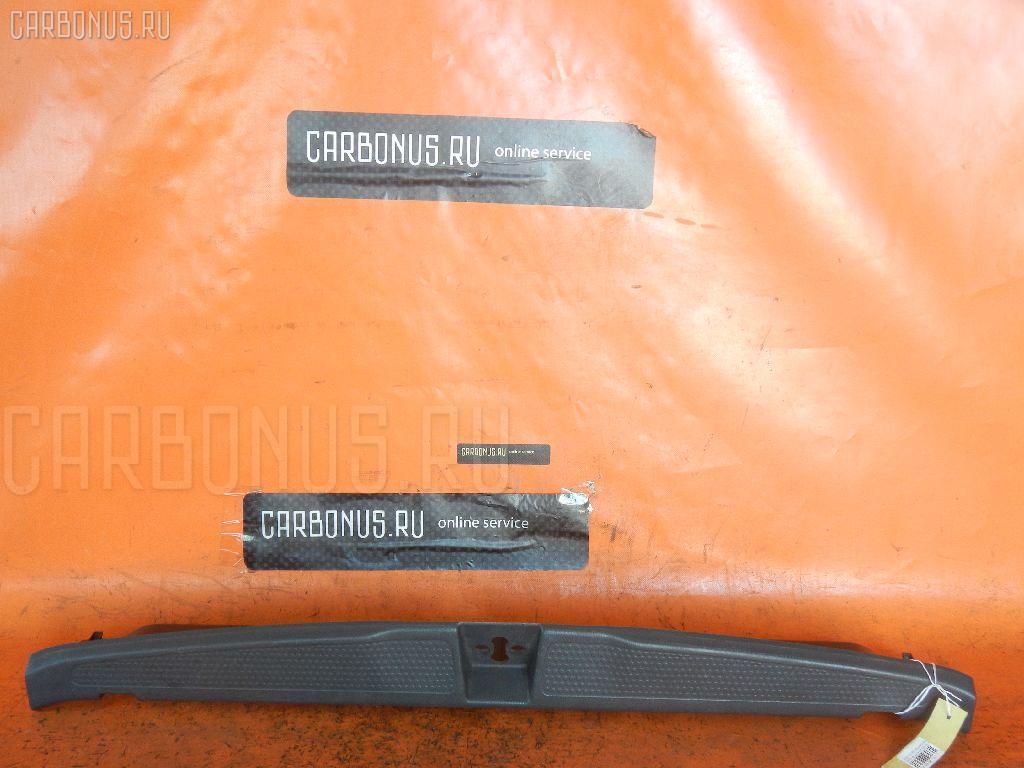 Обшивка багажника HONDA STREAM RN3 Фото 2
