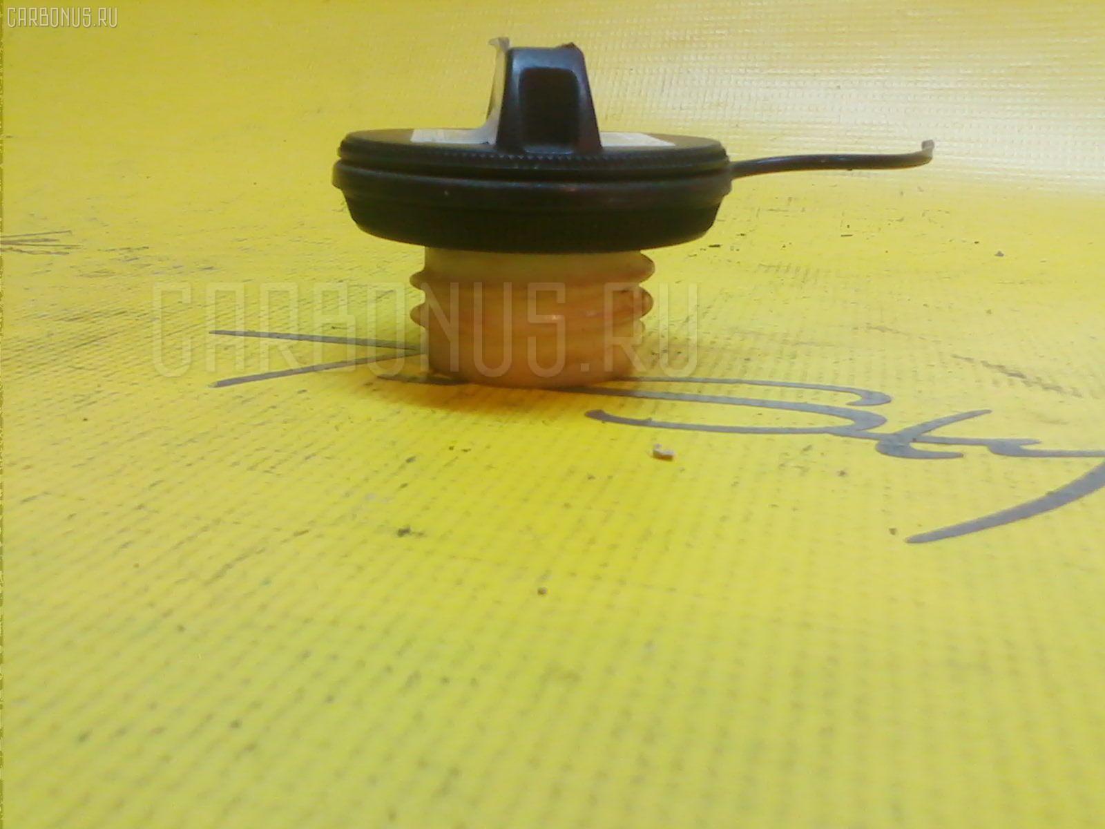 Крышка топливного бака NISSAN MARCH AK11 Фото 1