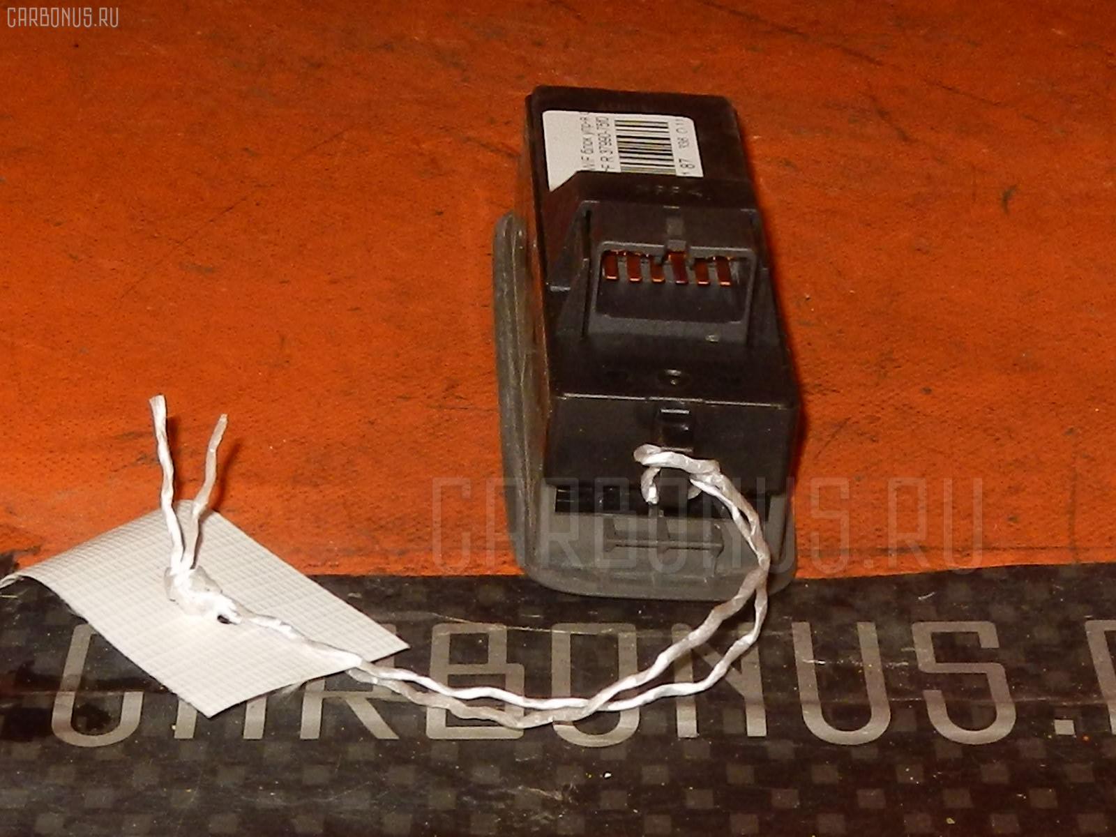 Блок упр-я стеклоподъемниками SUZUKI SWIFT HT51S Фото 2