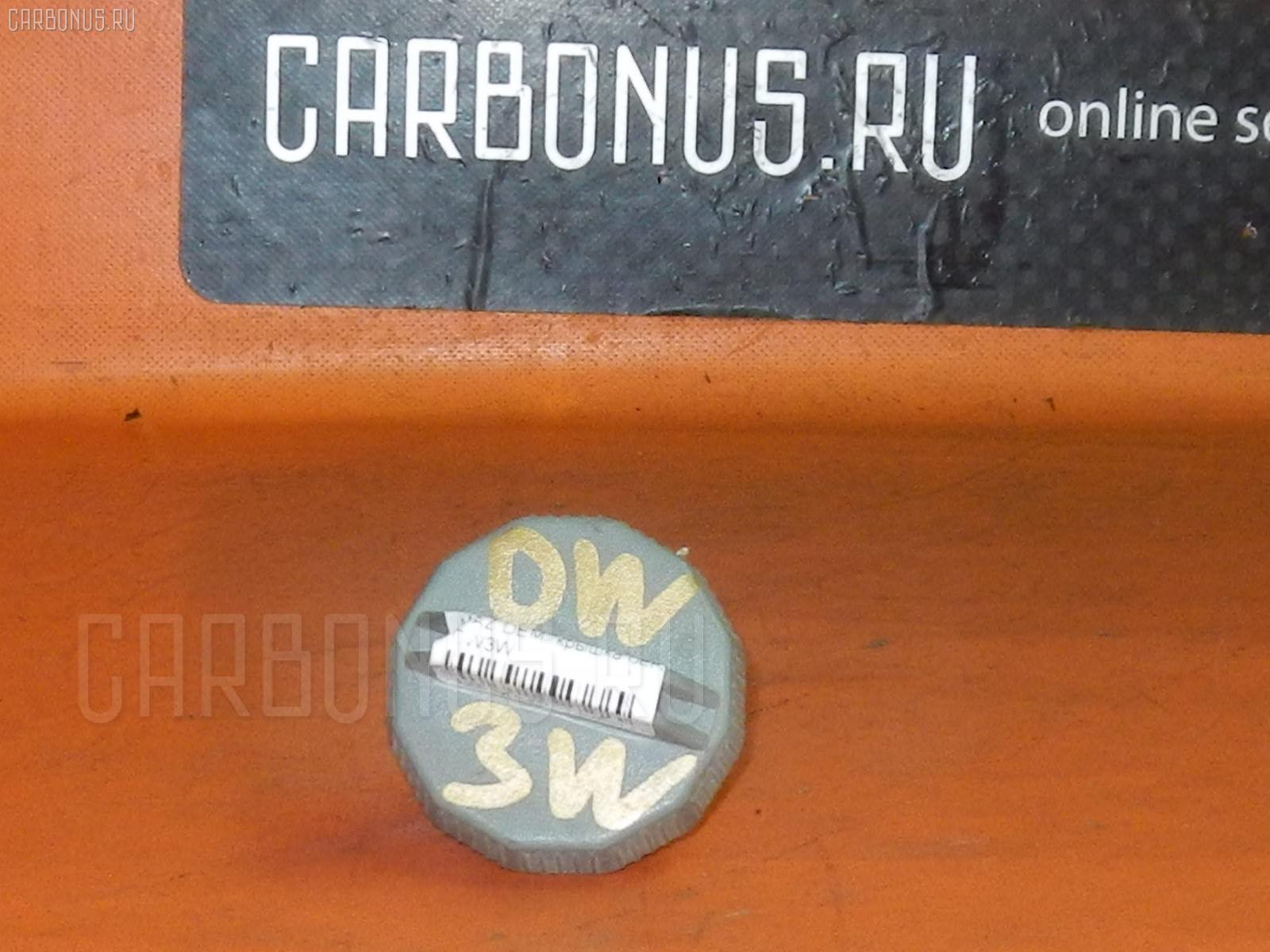 Крышка топливного бака MAZDA DEMIO DW3W. Фото 2