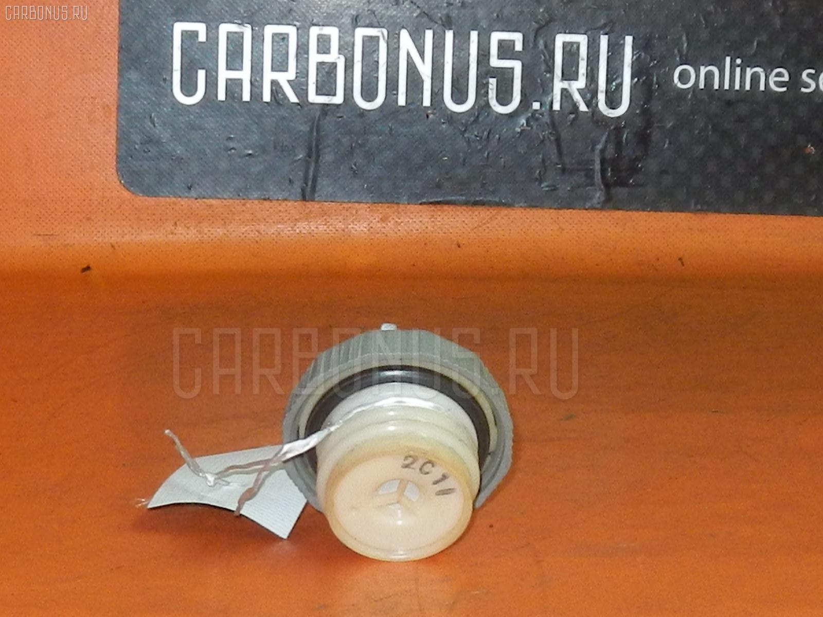 Крышка топливного бака MAZDA DEMIO DW3W. Фото 3