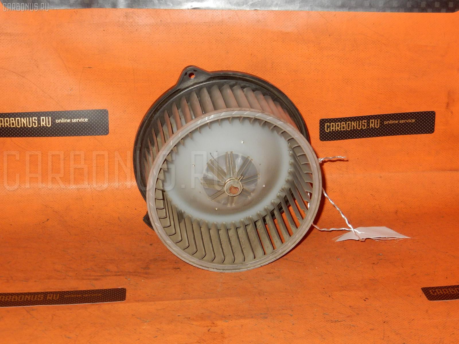 Мотор печки TOYOTA JZX100. Фото 2