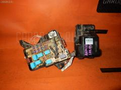 Блок предохранителей TOYOTA ISIS ANM10G 1AZ-FSE Фото 1
