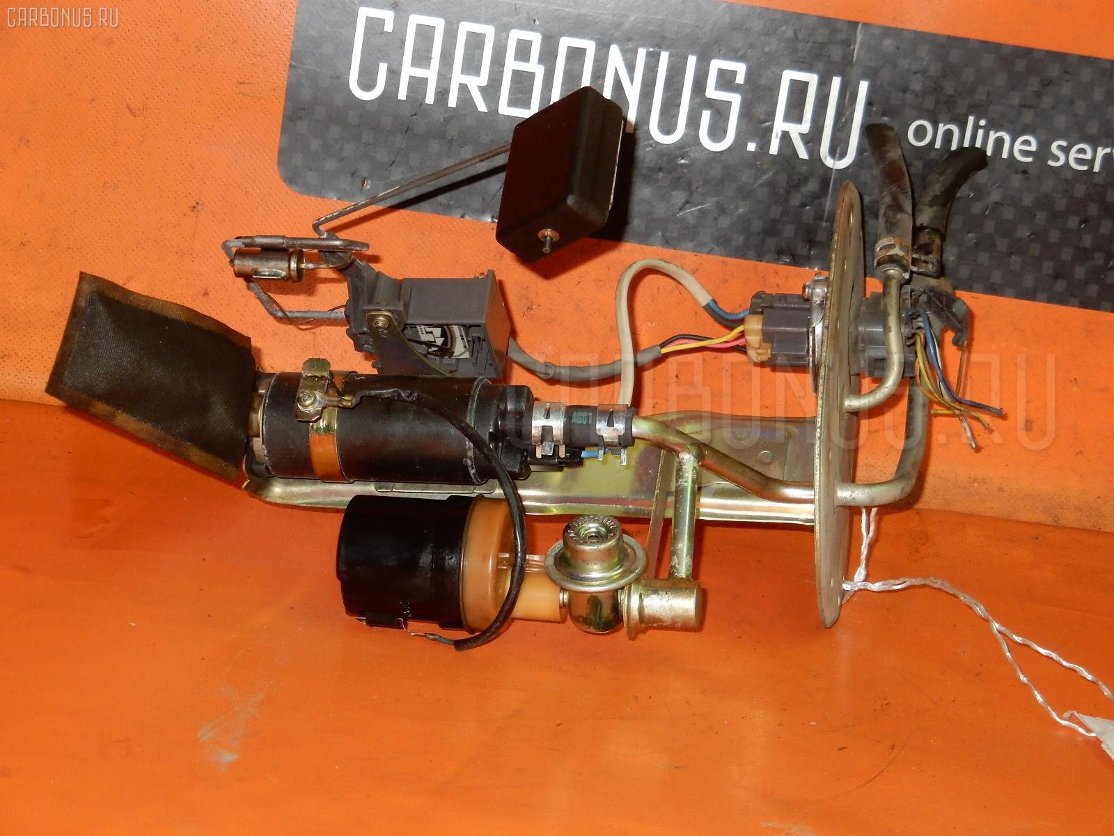 Бензонасос TOYOTA VOXY AZR65G 1AZ-FSE. Фото 4