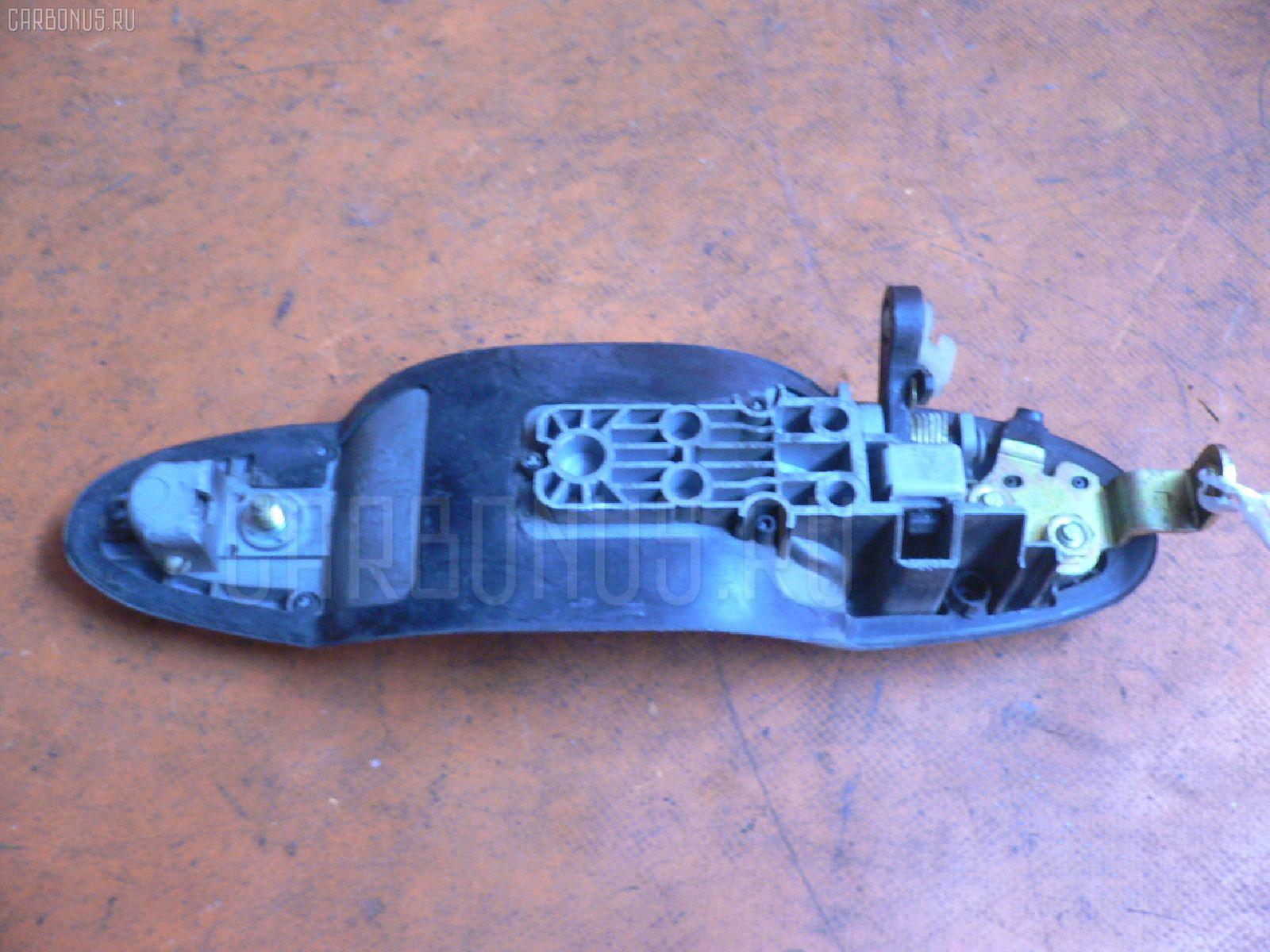 Ручка двери MAZDA MPV LW5W. Фото 2