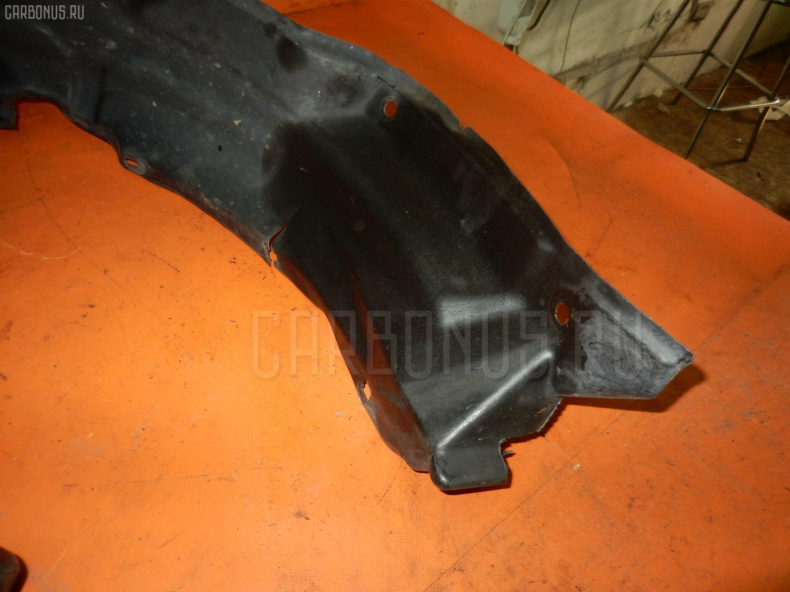 Подкрылок TOYOTA GRAND HIACE VCH10W 5VZ-FE. Фото 2
