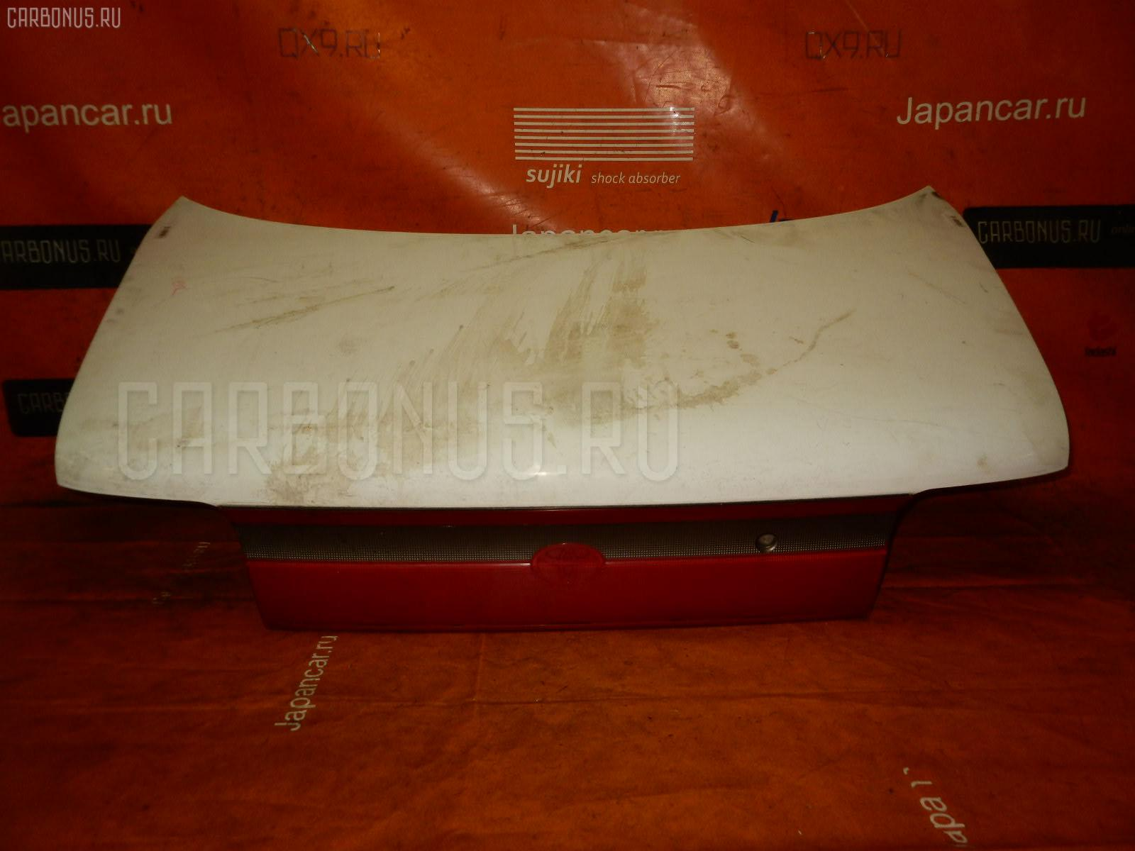 Крышка багажника TOYOTA CARINA AT192. Фото 4
