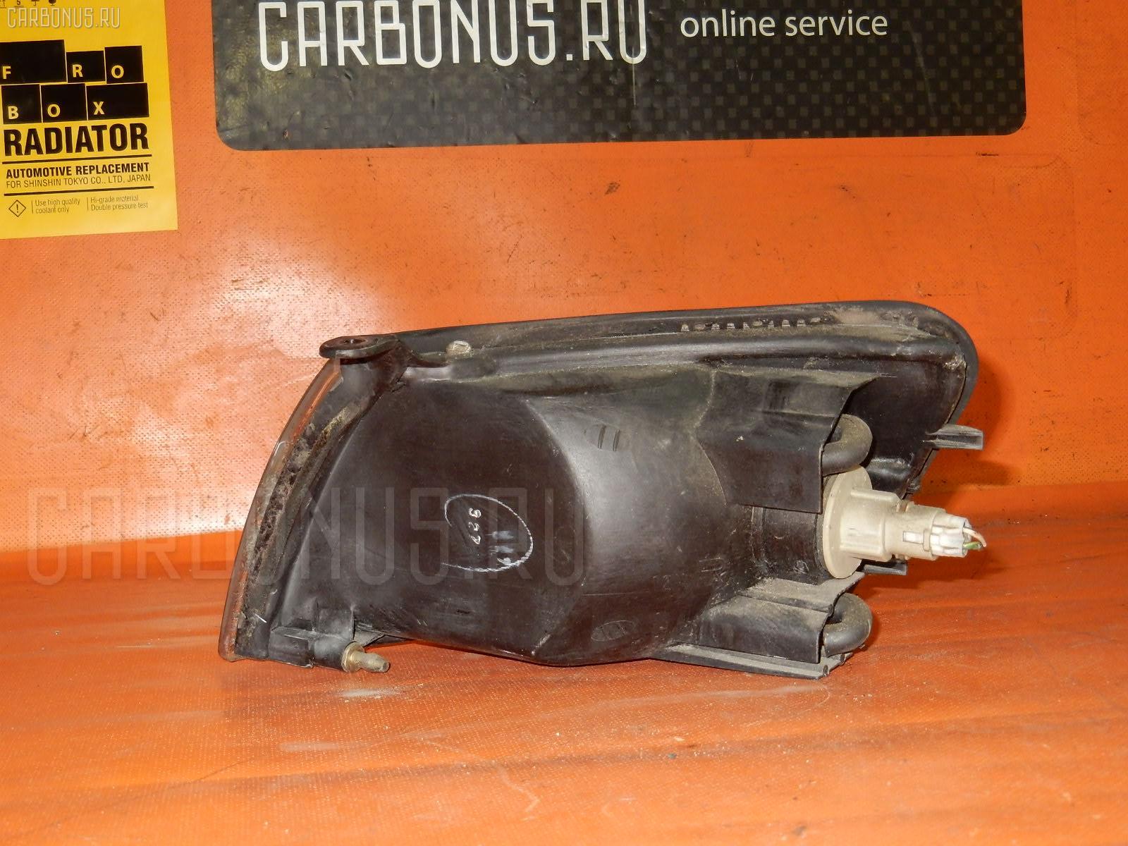 Поворотник к фаре TOYOTA COROLLA II EL41. Фото 10