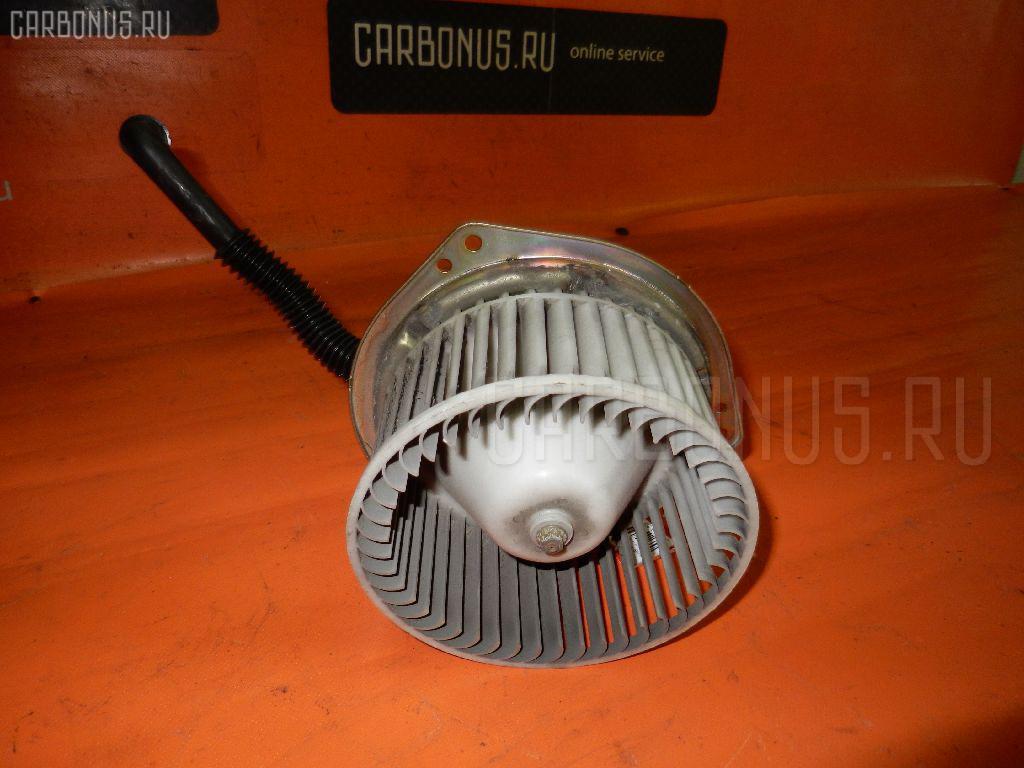 Мотор печки NISSAN PRAIRIE JOY PM11. Фото 5