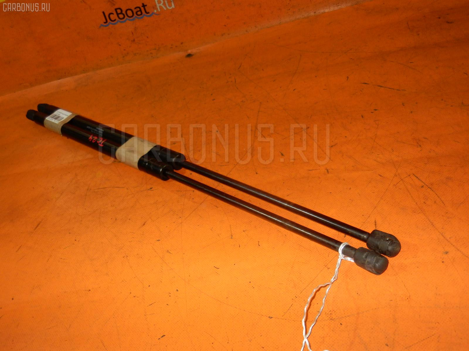 Амортизатор двери NISSAN SERENA TC24 Фото 1