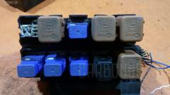 Блок предохранителей NISSAN PRIMERA WRP12 QR25DD Фото 3