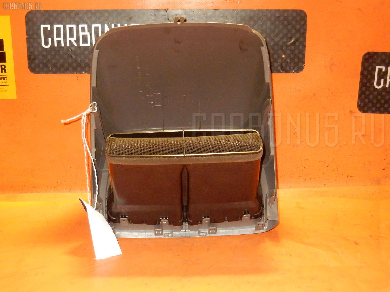 Консоль магнитофона TOYOTA GAIA SXM15G. Фото 3