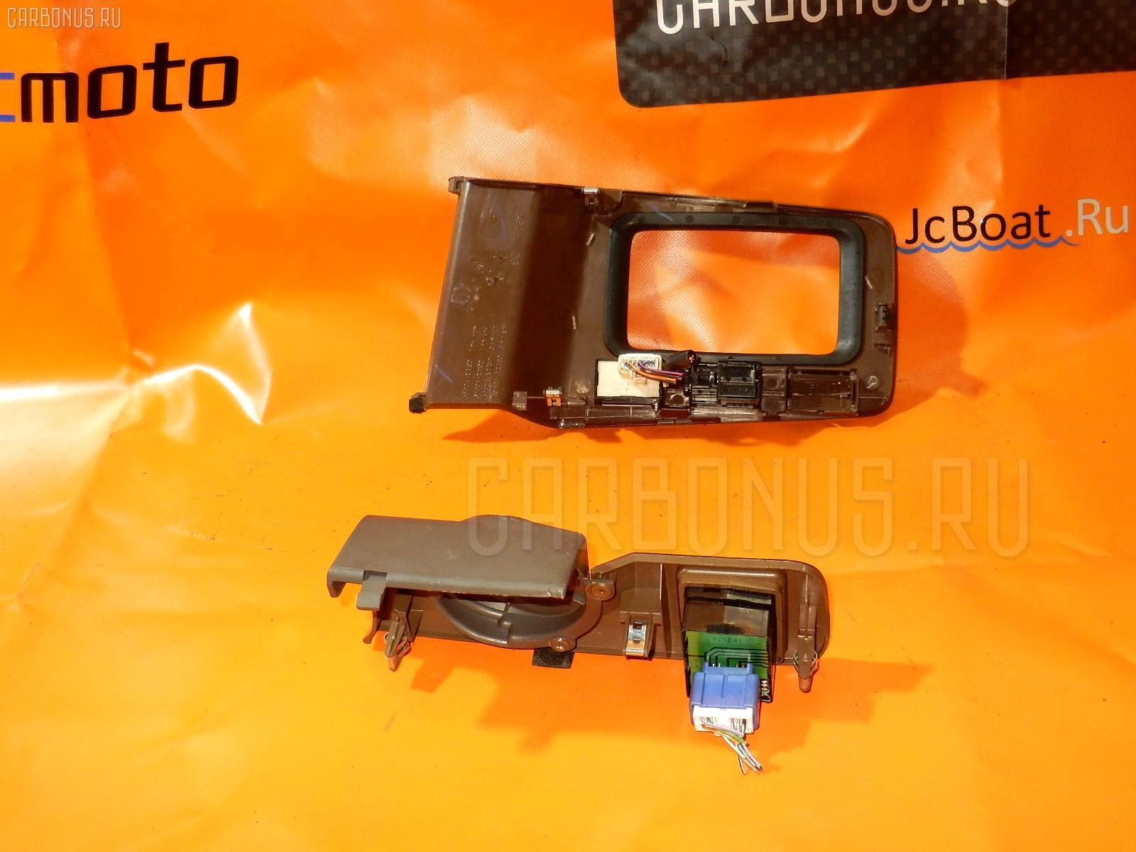 Консоль магнитофона TOYOTA MARK II JZX100 Фото 5