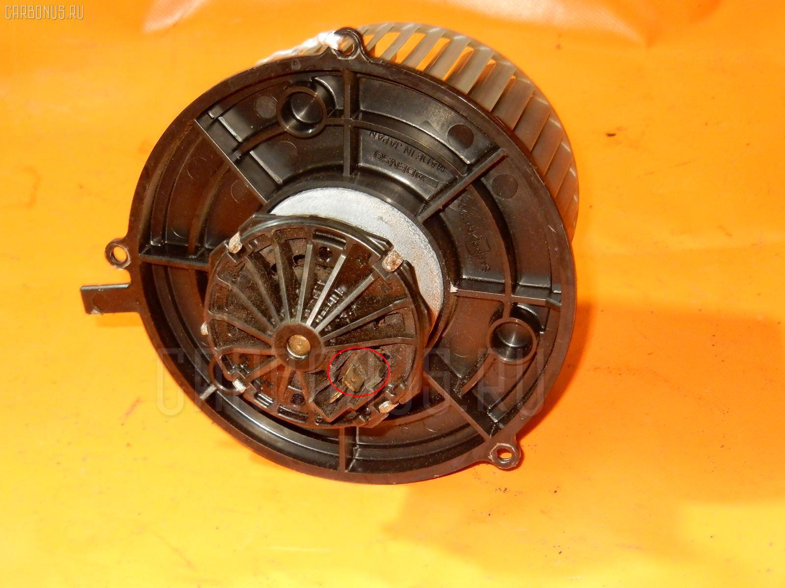 Мотор печки SUZUKI WAGON R MC21S. Фото 5