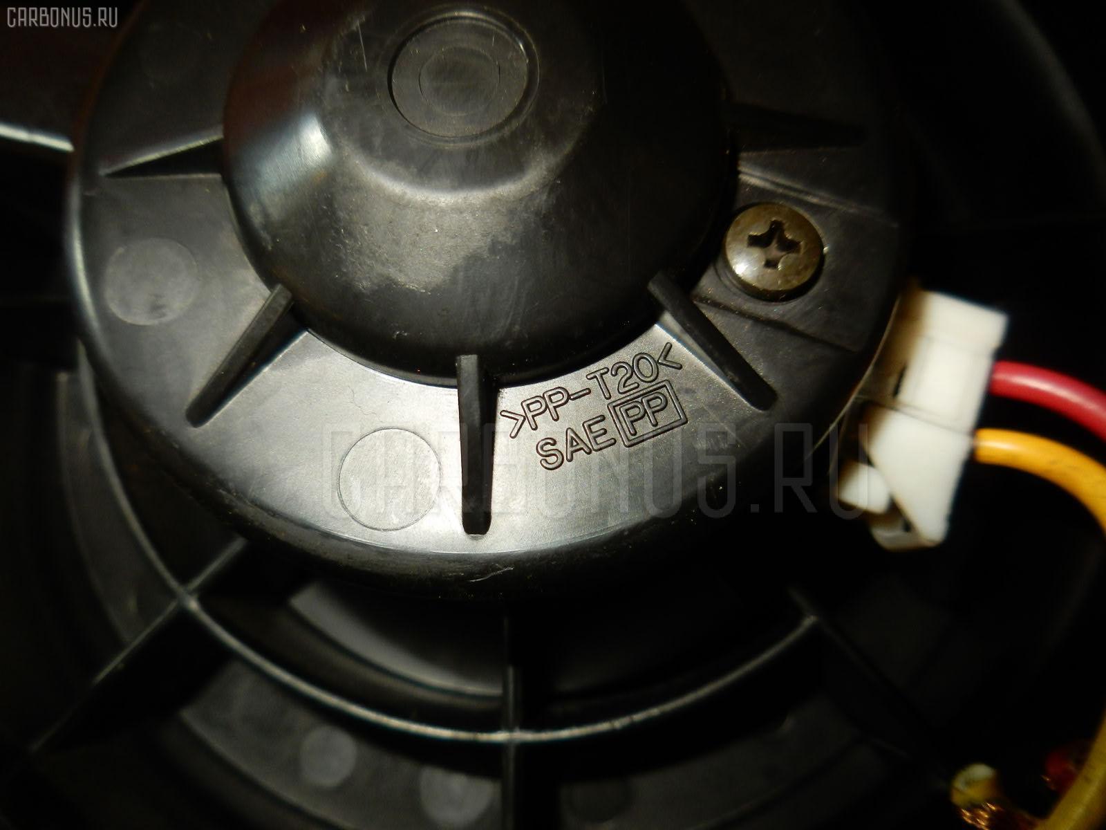 Мотор печки NISSAN SERENA C25. Фото 3