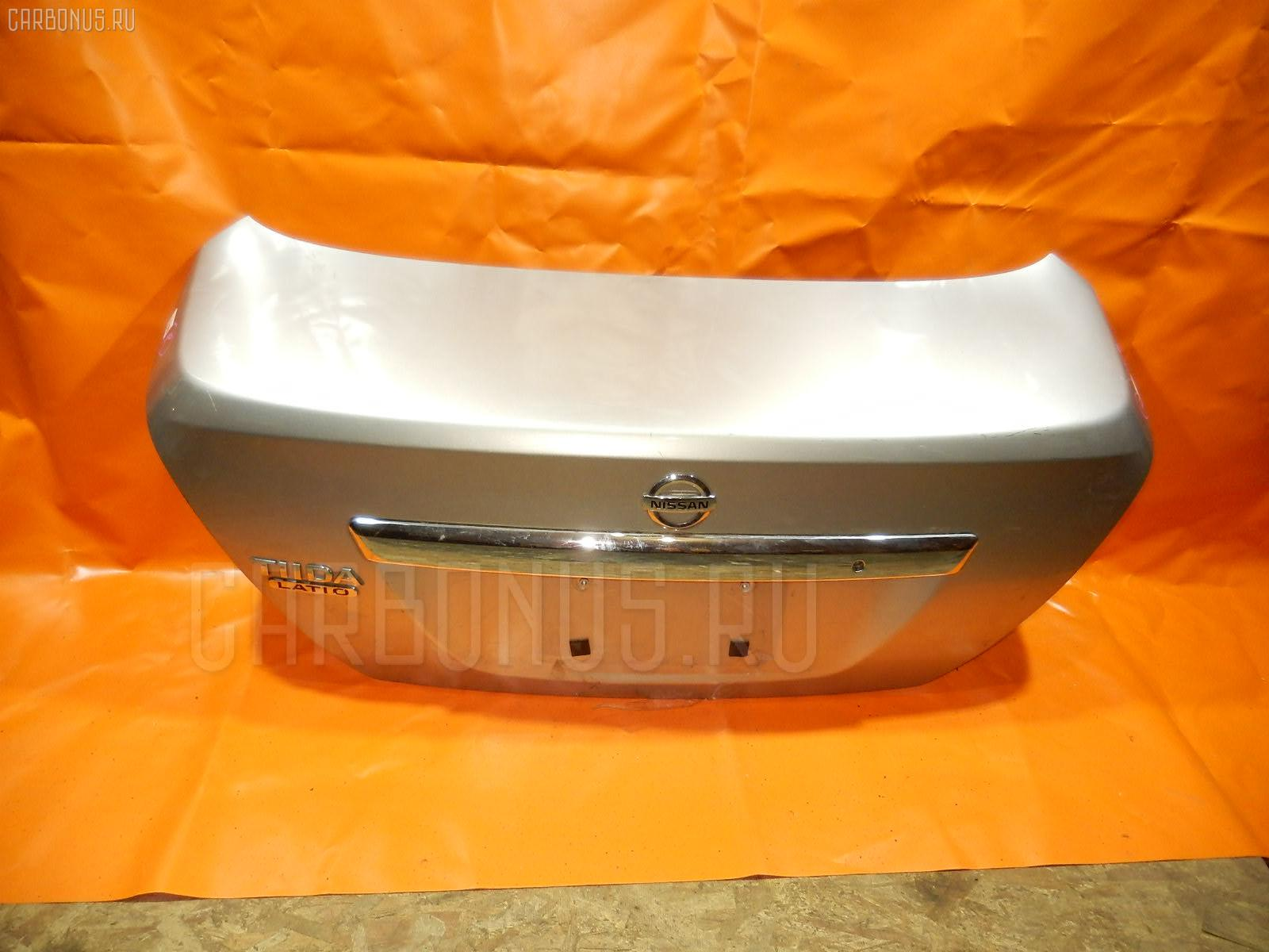 Крышка багажника NISSAN TIIDA SC11 Фото 1