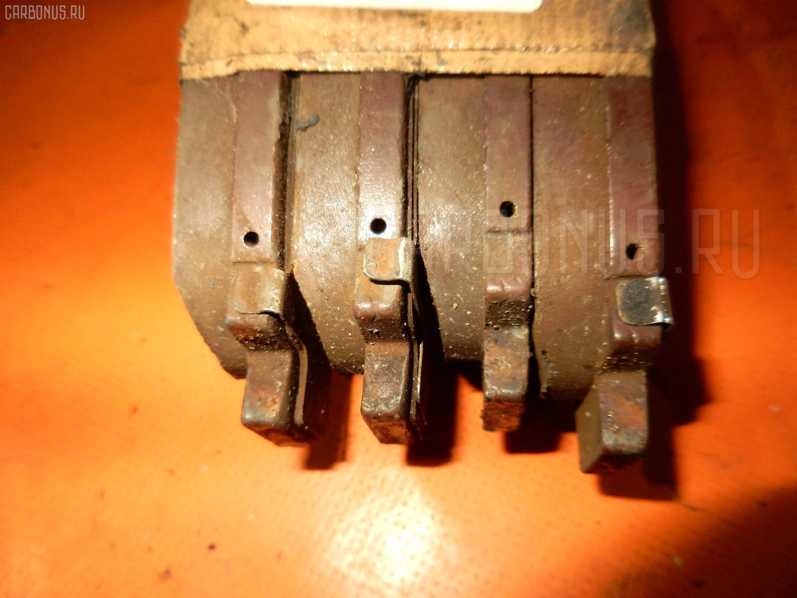 Тормозные колодки TOYOTA JZX100 1JZ-GE. Фото 3